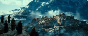 """A scene from New Line Cinema's and MGM's fantasy adventure """"THE HOBBIT: THE DESOLATION OF SMAUG,"""" a Warner Bros. Pictures release."""